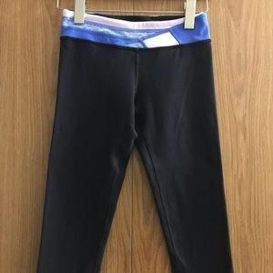 Ivivva Size 12 Black Cropped Leggings (Lululemon)